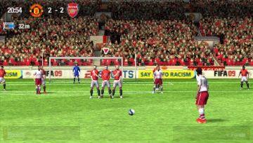 Immagine -10 del gioco FIFA 09 per Playstation PSP