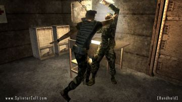 Immagine -2 del gioco Tom Clancy's Splinter Cell Essentials per Playstation PSP