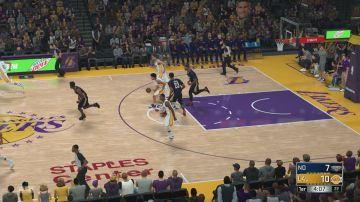 Immagine -2 del gioco NBA 2K18 per Xbox 360