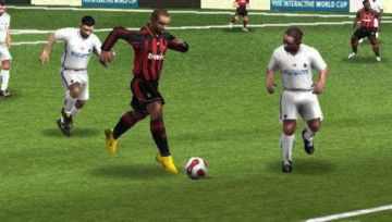 Immagine -4 del gioco FIFA 08 per Playstation PSP