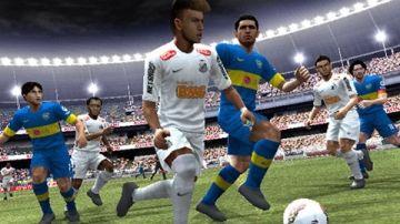Immagine -1 del gioco Pro Evolution Soccer 2013 per Playstation PSP