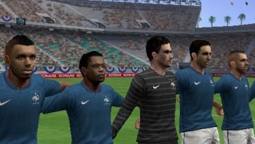 Immagine -3 del gioco Pro Evolution Soccer 2012 per Playstation PSP