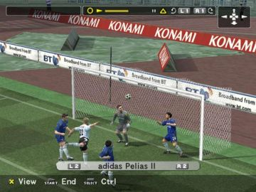 Immagine -1 del gioco Pro Evolution Soccer 5 per Playstation 2