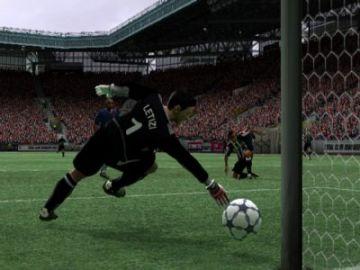 Immagine -3 del gioco Fifa 2004 per Playstation 2