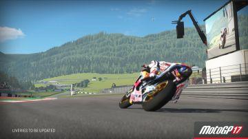 Immagine -1 del gioco MotoGP 17 per Xbox One