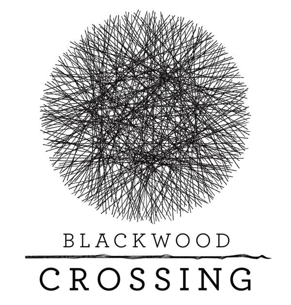 Logo del gioco Blackwood Crossing per Xbox One