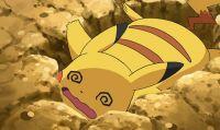 Sì schianta contro l'auto della polizia: mostra Pokémon GO agli agenti