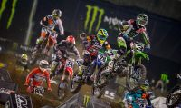 Milestone svela i retroscena di Monster Energy Supercross - The Official Videogame