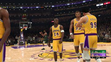 Immagine -2 del gioco NBA 2K21 per Xbox One