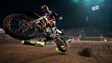Immagine -1 del gioco Monster Energy Supercross - The Official Videogame per Nintendo Switch