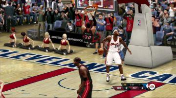 Immagine -3 del gioco NBA Live 10 per Xbox 360