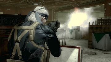 Immagine -2 del gioco Metal Gear Solid 4: Guns of the Patriots per Playstation 3