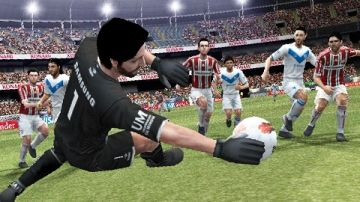 Immagine -4 del gioco Pro Evolution Soccer 2013 per PlayStation PSP