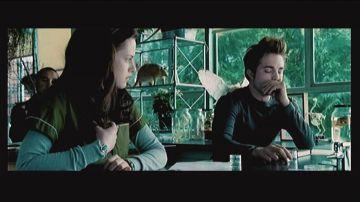 Immagine -2 del gioco Scene It? Twilight per Nintendo Wii