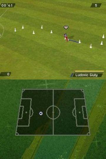 Immagine -5 del gioco FIFA 11 per Nintendo DS