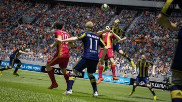 Immagine -5 del gioco FIFA 15 per PSVITA