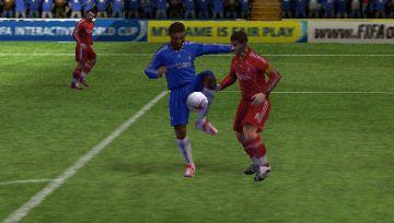Immagine -5 del gioco FIFA 12 per PlayStation PSP