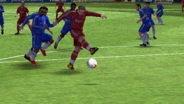 Immagine -4 del gioco FIFA 12 per PlayStation PSP