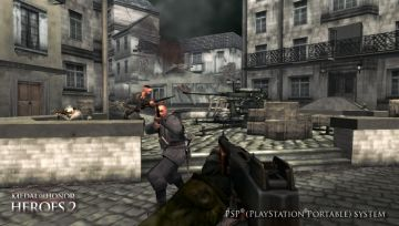 Immagine -3 del gioco Medal of Honor Heroes 2 per Playstation PSP