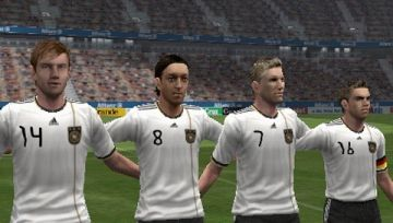 Immagine -2 del gioco Pro Evolution Soccer 2012 per PlayStation PSP