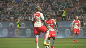 Immagine -2 del gioco Pro Evolution Soccer 2017 per Xbox 360