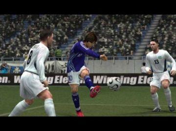 Immagine -4 del gioco Pro Evolution Soccer 6 per Playstation 2