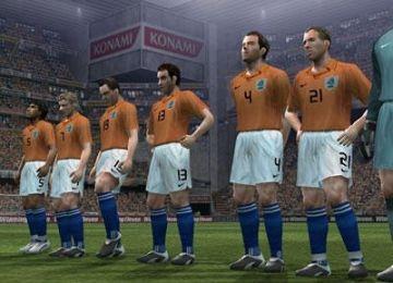 Immagine -1 del gioco Pro Evolution Soccer 6 per Playstation 2