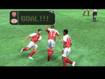 Immagine -4 del gioco Uefa Champions League 2004-2005 per PlayStation 2