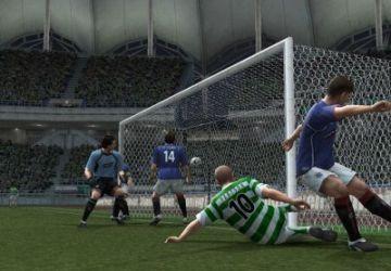 Immagine -2 del gioco Winning Eleven 10 per Playstation 2