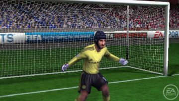 Immagine -5 del gioco FIFA 11 per PlayStation PSP