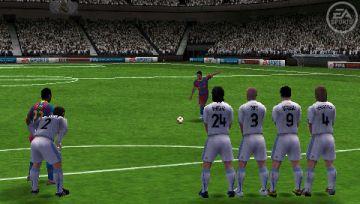 Immagine -1 del gioco FIFA 11 per PlayStation PSP