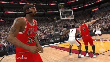 Immagine -2 del gioco NBA Live 13 per Xbox 360