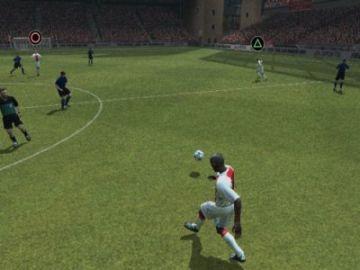 Immagine -1 del gioco Fifa 2004 per Playstation 2
