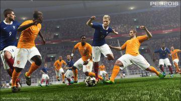 Immagine -1 del gioco Pro Evolution Soccer 2016 per Xbox 360