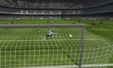 Immagine -3 del gioco FIFA 13 per Nintendo 3DS